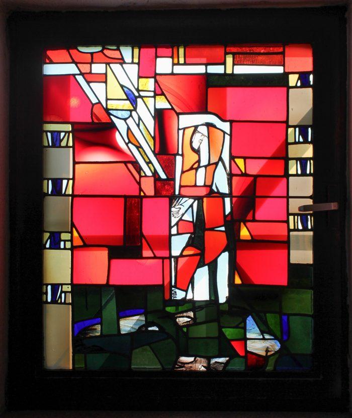 Tauffenster der Versöhnungskirche Neunburg. Foto: Tanja Kraus/Archiv der Kirchengemeinde Neunburg. Lizensiert als Creative Commons